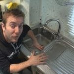 HOW TO REMOVE / INSTALL KITCHEN SINK – Plumbing Tips